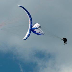полет на параплане с акробатикой