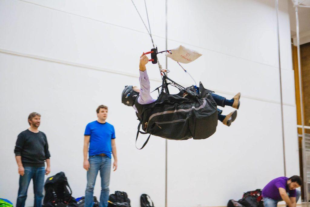 тренировка применения запасного парашюта