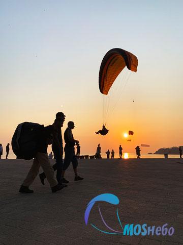 Посадка параплана на пляж в Олюденизе